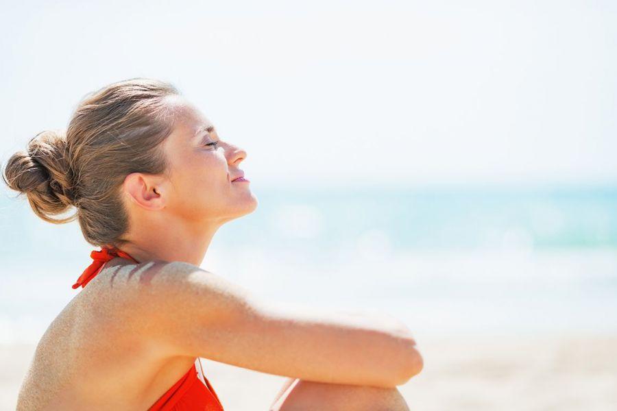 Decálogo de consejos CINFA para disfrutar del sol de manera saludable