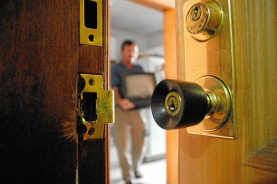 La Policía Nacional desarticula la organización que robaba en domicilios y esclarece 31 hechos