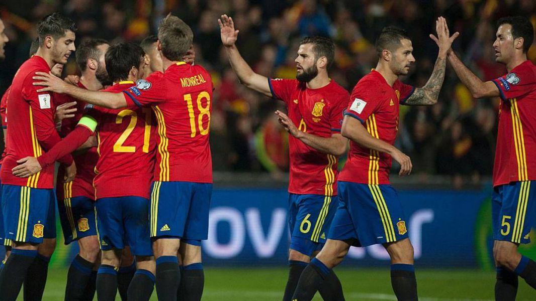 3-0. Isco ilumina con su fútbol a una España que acaricia el Mundial