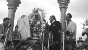 Momento de la coronación de la Virgen de Ujué.