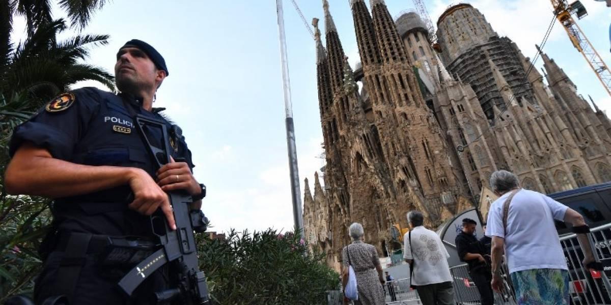 La policía confirma la falsa alarma tras comprobaciones en la Sagrada Familia