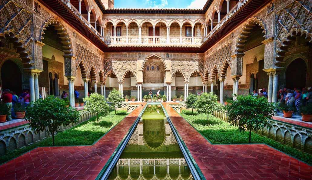 Los dos primeros milenios de la historia de Sevilla, dormidos bajo el Alcázar