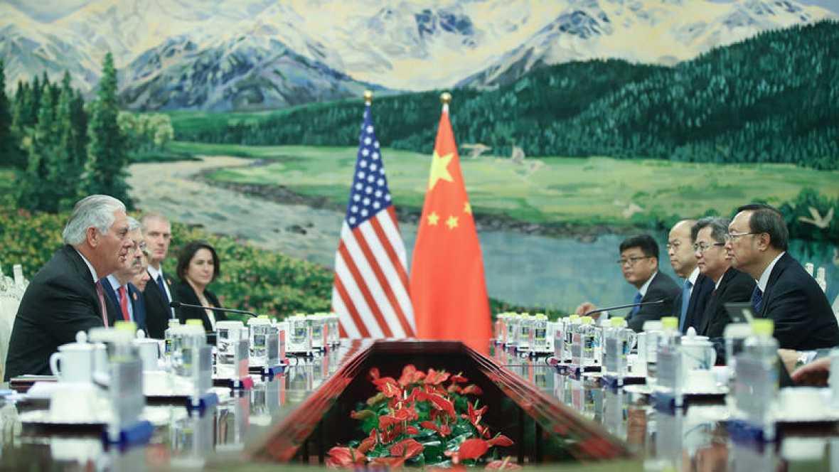 Tillerson anuncia en China que hay contactos de EEUU con Corea del Norte
