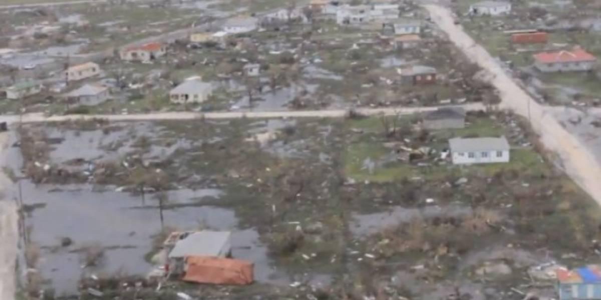 Avión con españoles afectados por el huracán Irma llega a Madrid