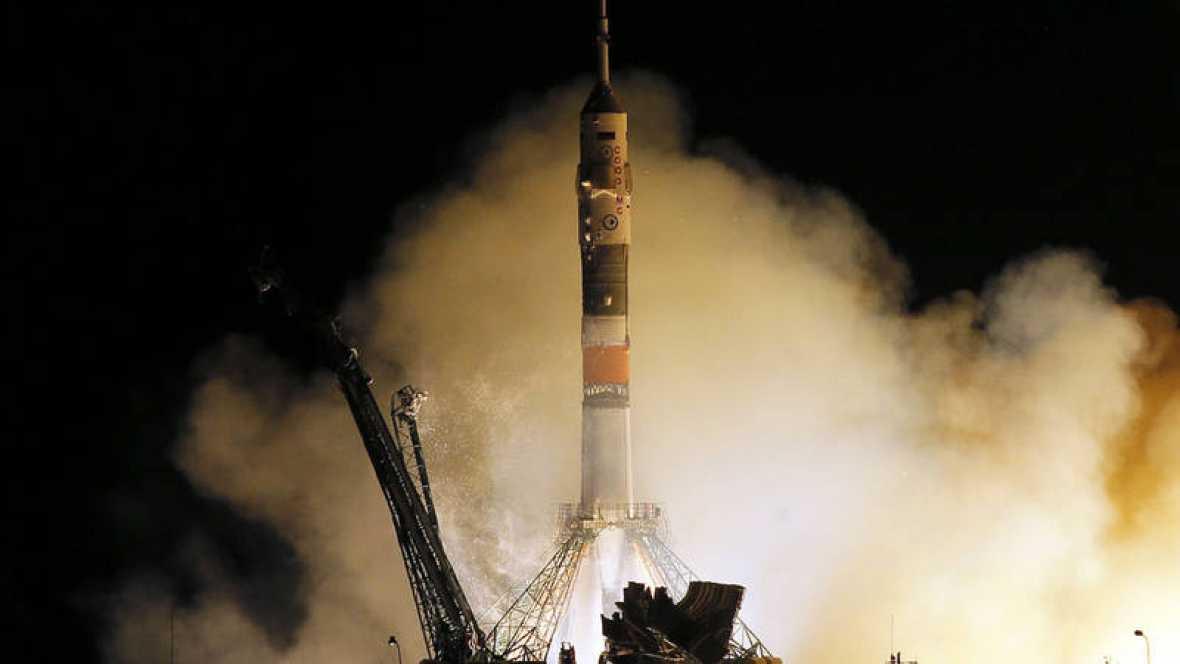 La nueva nave tripulada Soyuz MS-06 se acopla con éxito a la EEI