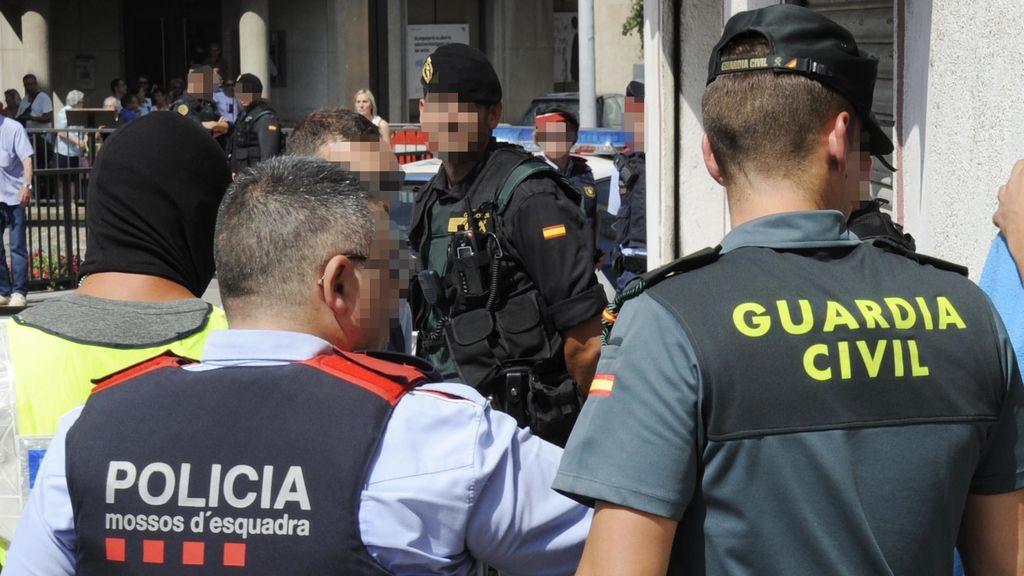 La Guardia Civil obtiene en la comisaría de los Mossos de Lérida las grabaciones del 1-O