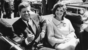 John F. Kennedy y su mujer, Jackie Kennedy. Fotografía cedida por la biblioteca presidencial John F. Kennedy del 3 de mayo de 1961