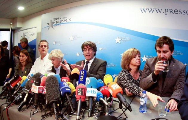 La Audiencia Nacional cita el jueves y viernes a Puigdemont y 13 exconsejeros por rebelión y sedición