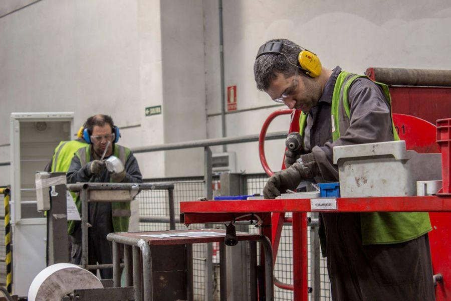El salario medio anual de los trabajadores con discapacidad, un 17,3% menor