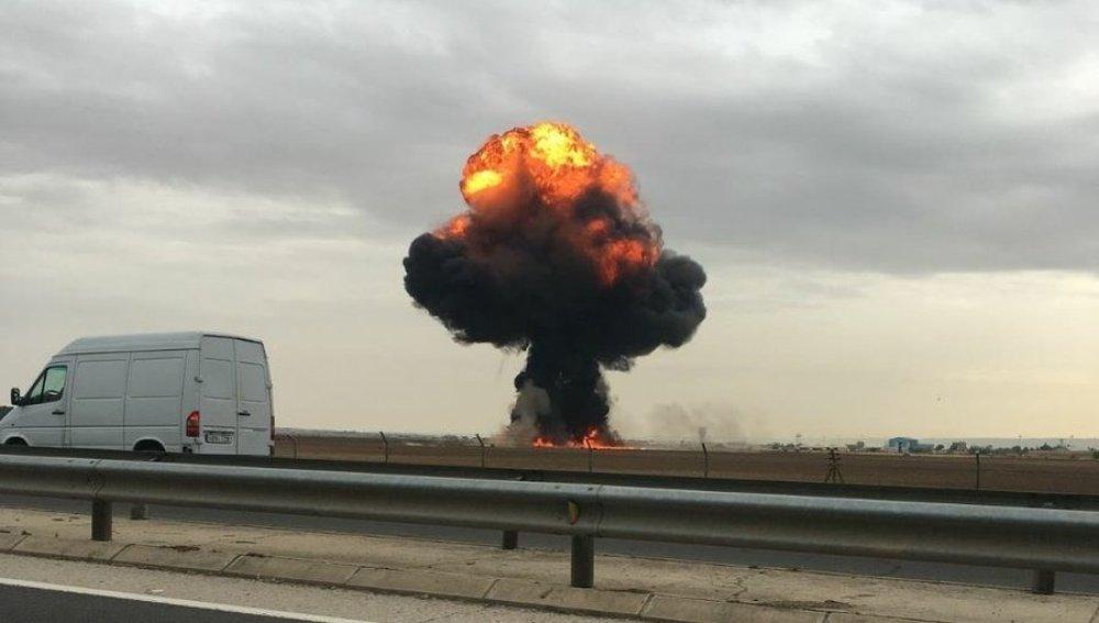Muere un piloto al estrellarse un avión F18 en los alrededores de la base aérea de Torrejón, en Madrid