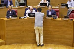 Los consejeros Ayerdi y Laparra, junto a la presidenta de Navarra (i)