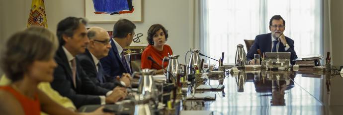El Gobierno acuerda hoy las medidas del 155 para frenar a Puigdemont