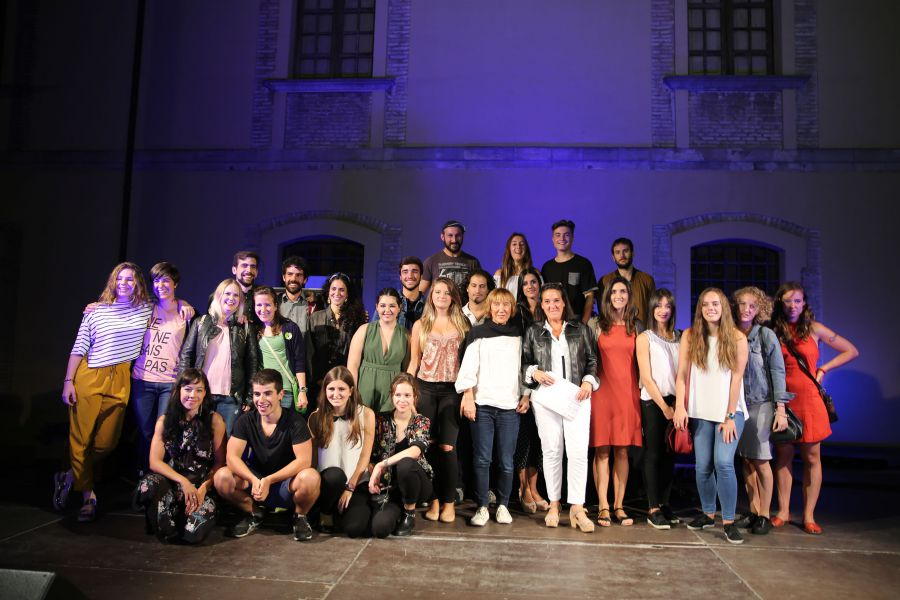 Se inaugura la exposición con las obras seleccionadas de Artes Plásticas y Audiovisuales en los Encuentros de Arte Joven 2017