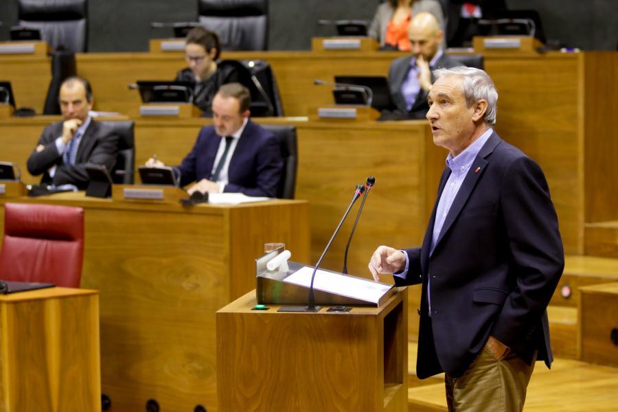 Aranburu dice que el rescate de los peajes no tendrá efecto en Navarra