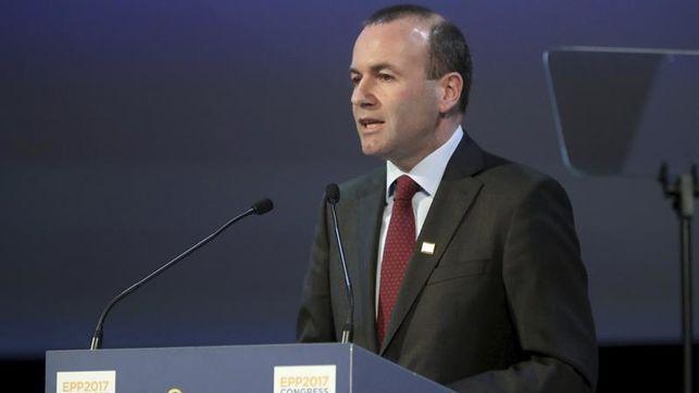 El PPE y la Alianza de Socialistas europeos apuestan por una reforma constitucional por cauces legales