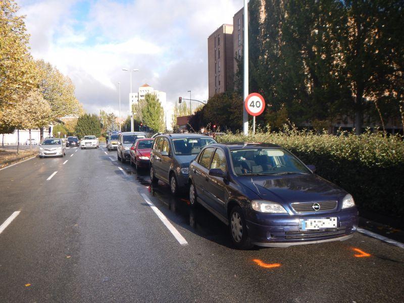 Colisión por alcance entre 4 vehículos provoca retenciones en la Avenida Navarra