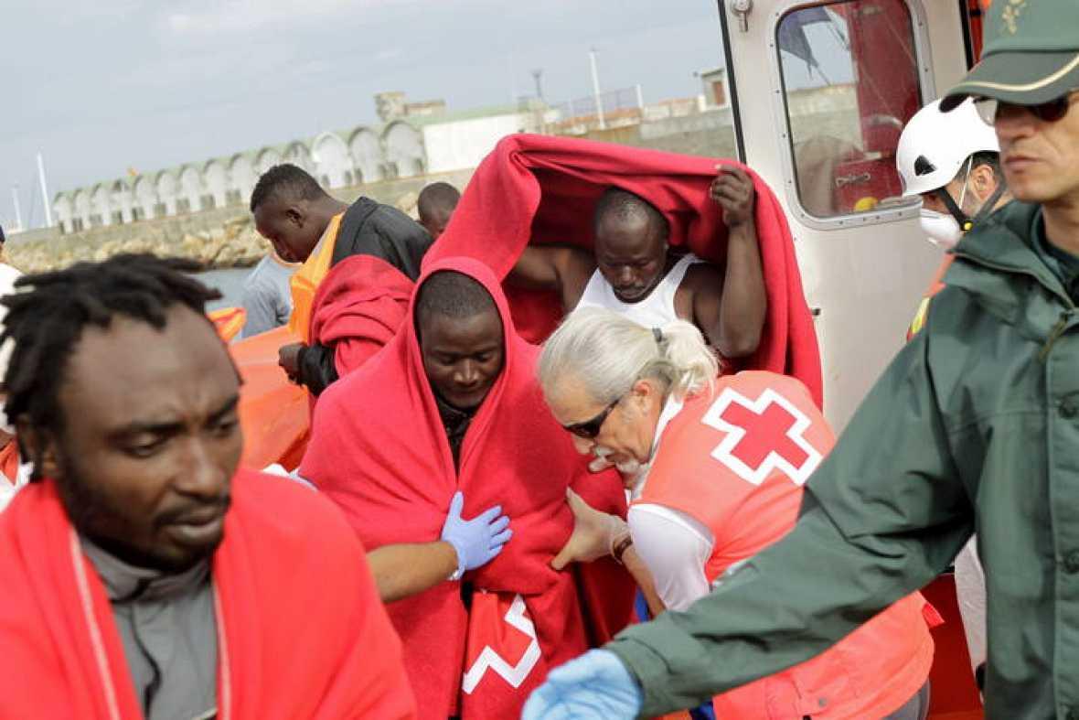 La llegada de inmigrantes y refugiados a España crece un 90 % en el tercer trimestre