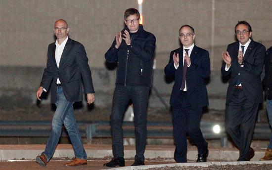La Fiscalía pide prisión para Turull y los otros 4 exconsejeros tras la huida de Rovira