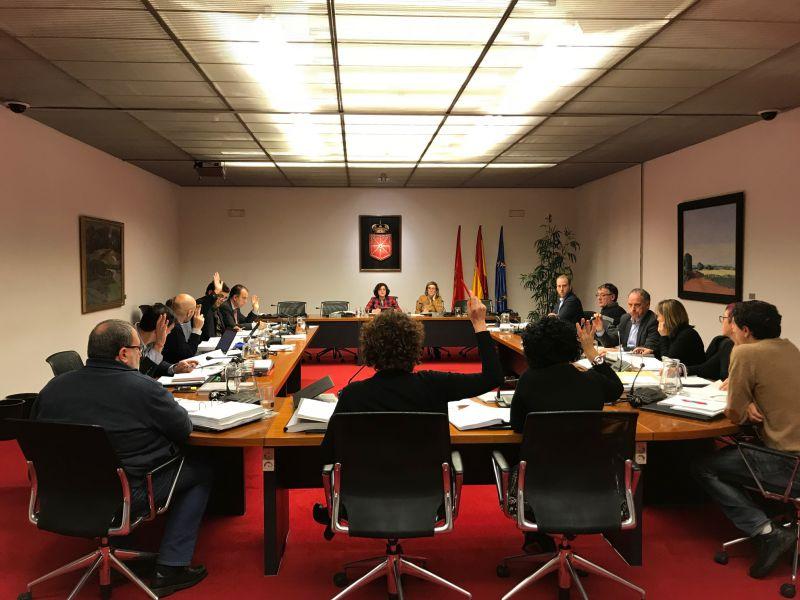 Aprobado por unanimidad el dictamen del proyecto de Ley Foral de Contratos Públicos