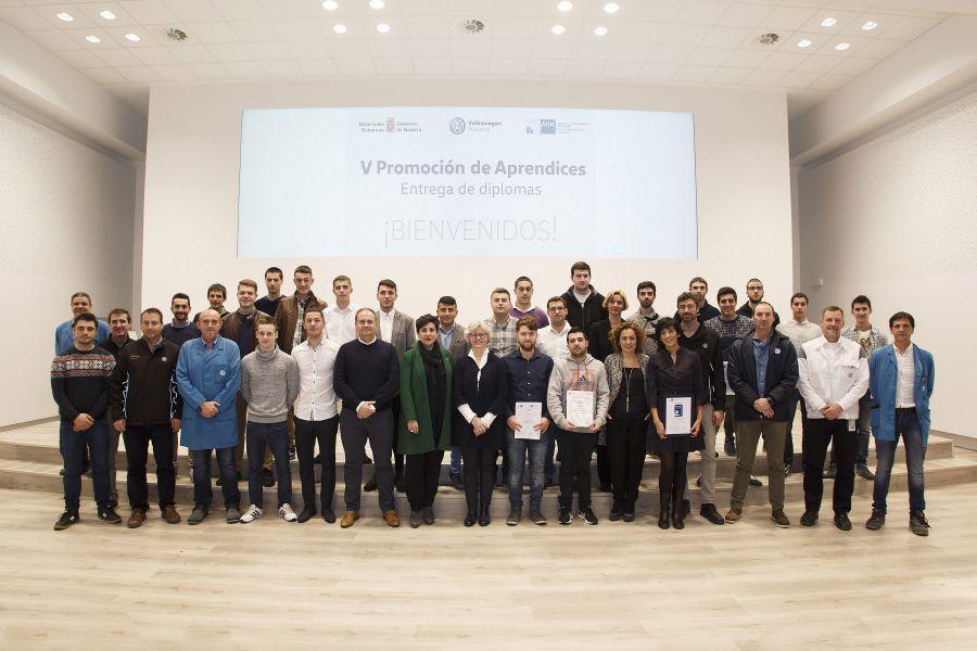 Entrega de diplomas de experto a los aprendices de Volkswagen Academy