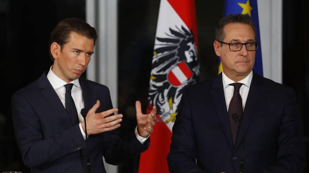 Los nacionalistas austríacos renuncian a un referéndum de salida de la UE