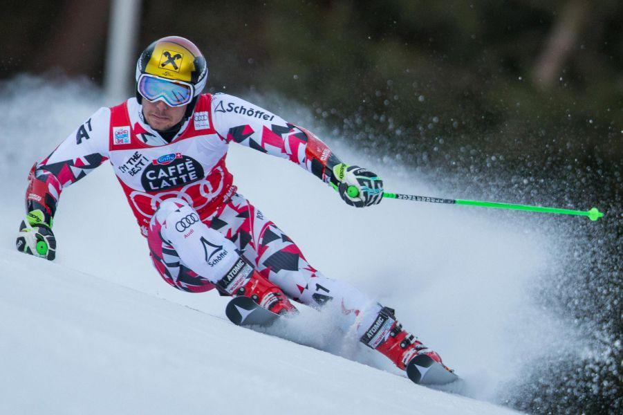 Hirscher gana en Val d'Isere por delante de Kristoffersen, nuevo líder