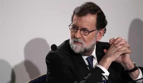 Rajoy: Sentirse español no va contra nada porque es integrador