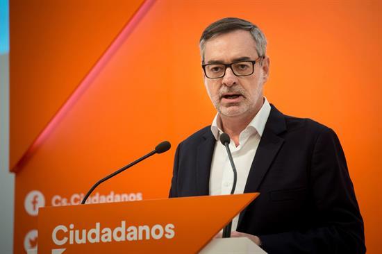 Cs se sentará a dialogar con el PSOE pero cree que gobernará con Podemos