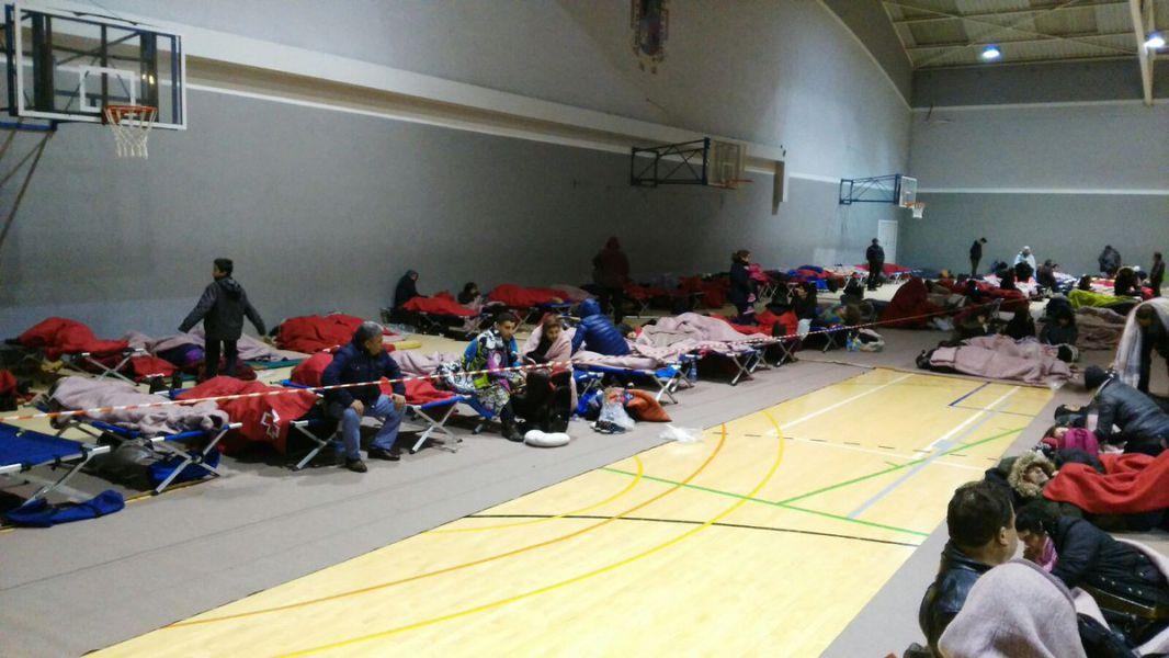 Unas 1.400 personas pasan la noche en Alsasua por el corte de la A-1 por Echegárate