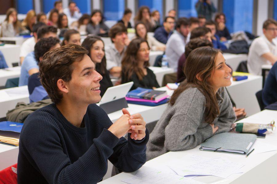 ¿Cuáles son los 10 perfiles con más futuro de empleo en la educación?