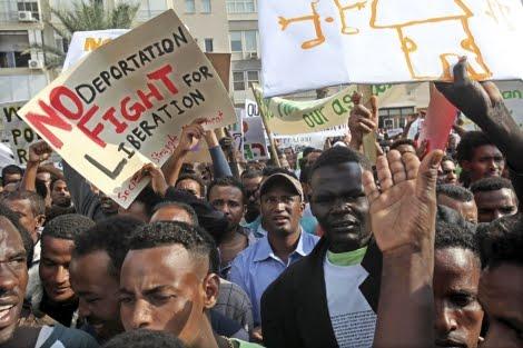 Israel comienza el proceso para deportar a miles de africanos