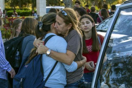 Una española que dio clases en Lodosa sobrevive al tiroteo de Florida al encerrarse en un armario