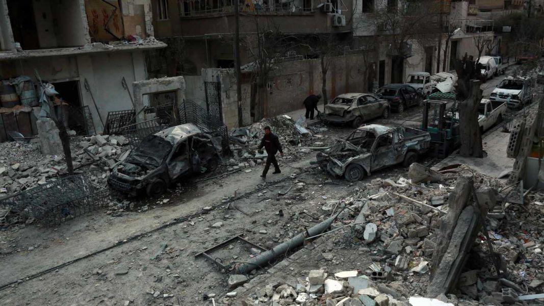 Al menos 5 muertos y 42 heridos por bombardeos contra Guta Oriental en Siria