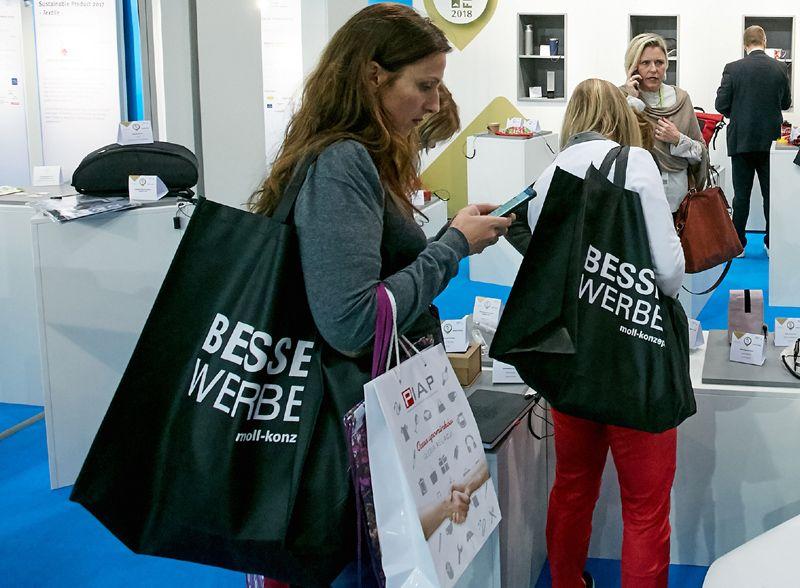 La entrada de Amazon en el sector de los regalos promocionales: ¿Una competencia real?