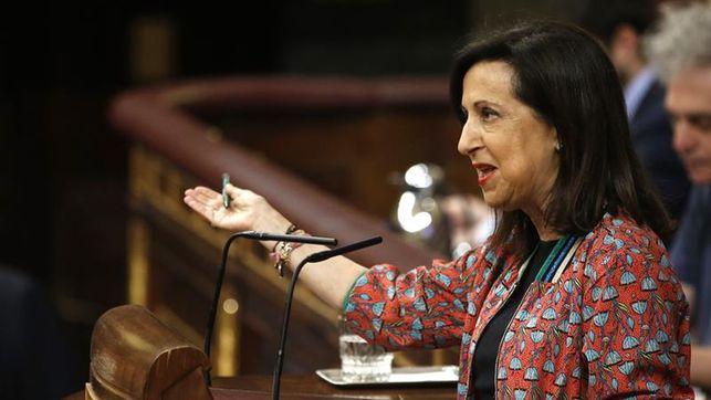 Robles reivindica los gobiernos de González y Zapatero y promete el cambio