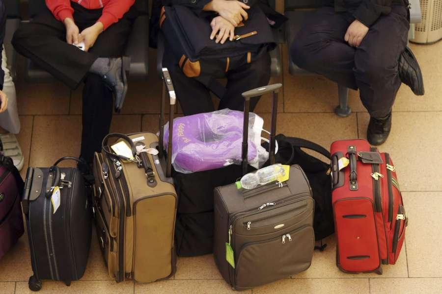 El 14 % de los navarros ha perdido sus maletas en el avión