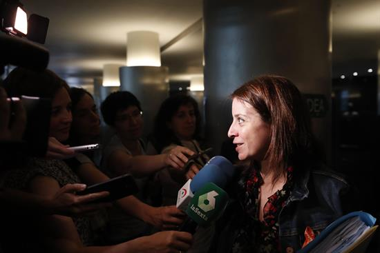 """Lastra (PSOE) insiste en que no van a entrar en un """"intercambio"""" con Navarra"""