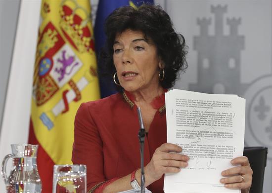 Celaá dice que el Gobierno sigue reivindicando la soberanía de Gibraltar
