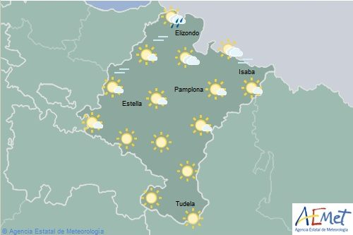 Nuboso en la Vertiente Cantábrica de Navarra, tormenta en los Pirineos
