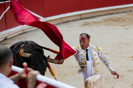 Una actuación dramática ayuda a Pepín Liria a reverdecer laureles en Pamplona