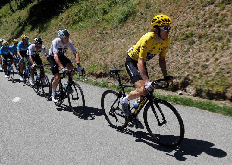 Roglic se exhibe en el descenso del Aubisque y Thomas, a un paso del Tour