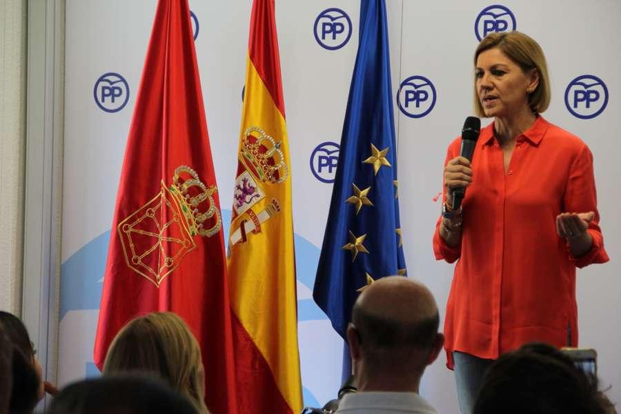 Cospedal acusa al Gobierno foral de velar por la anexión de Navarra a la CAV