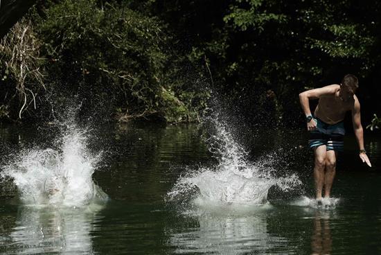 La ola de calor pone en alerta 11 comunidades por valores entre 36/39 grados