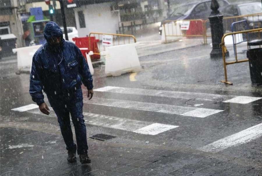 Las lluvias dejan en Xàbia (Alicante) 105,2 l/m2, 60 de ellos en una hora