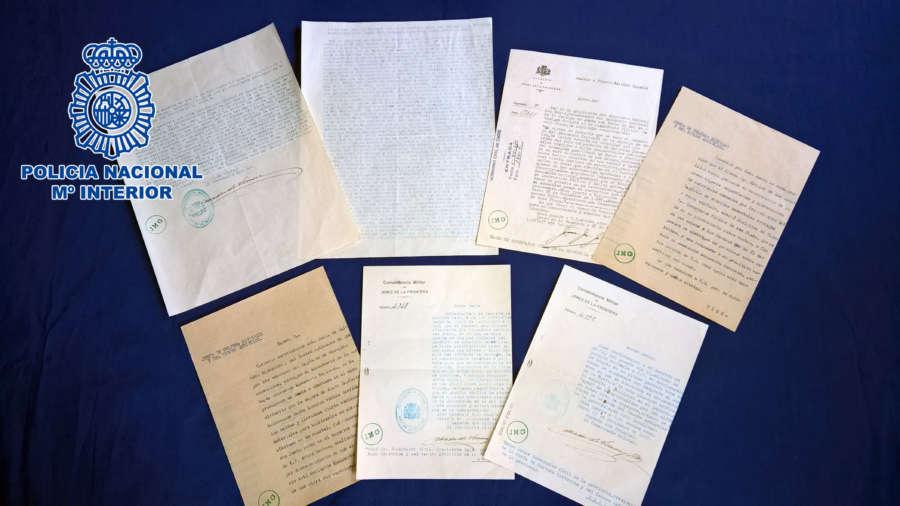 Recuperados en Jerez documentos históricos que iban a ser subastados