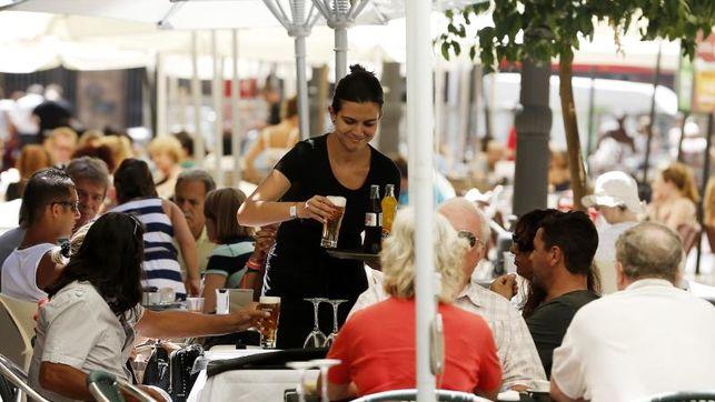El empleo en el sector turístico crece el 5,1 % en el segundo trimestre
