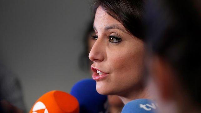 Levy pide elegir entre quien pacta con independentistas y el voto
