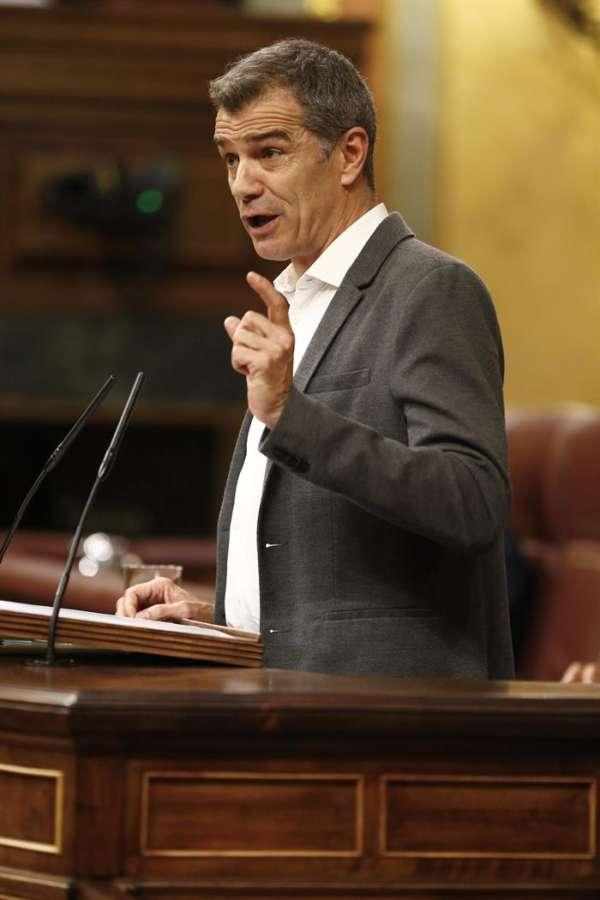 Cantó cree que Sánchez traiciona la Transición con propuesta sobre el Valle
