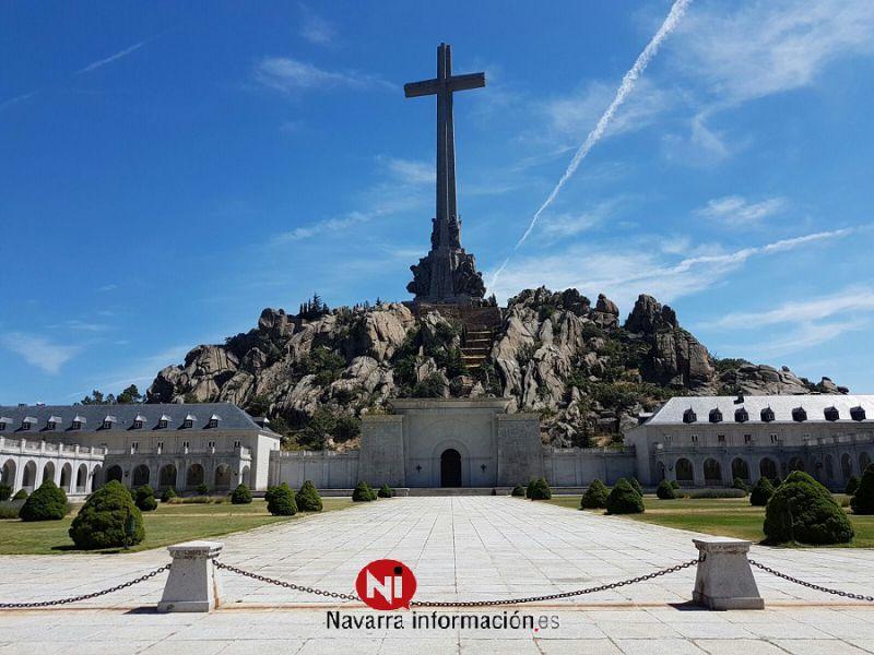 El Supremo suspende la exhumación de los restos de Franco