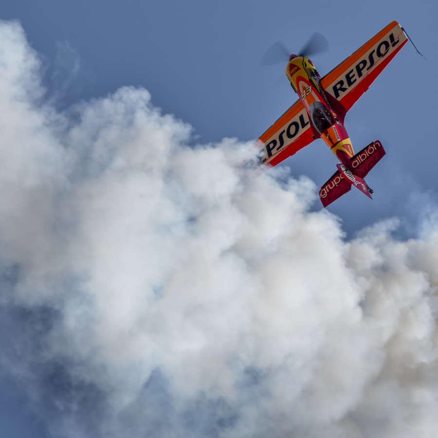 El navarro Cástor Fantoba finaliza el Europeo de Vuelo Acrobático en octava posición